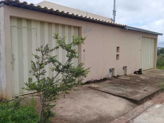 Excelente Casa Localizada No Bairro São Marcos Com 02 Quartos!! - 4141