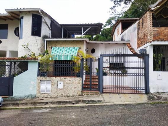 Casa En La Urb Villa Del Educador Acevita. Av. 19 De Abril