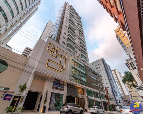 Imagem 1 de 30 de Apartamento 3 Suítes 2 Vagas De Garagem No Centro Em Balneário Camboriú/sc - Imobiliária África - Ap00496 - 69804461