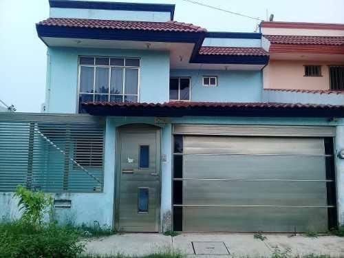 Venta De Casa Residencial En Col. Nueva Imagen, Coatzacoalcos