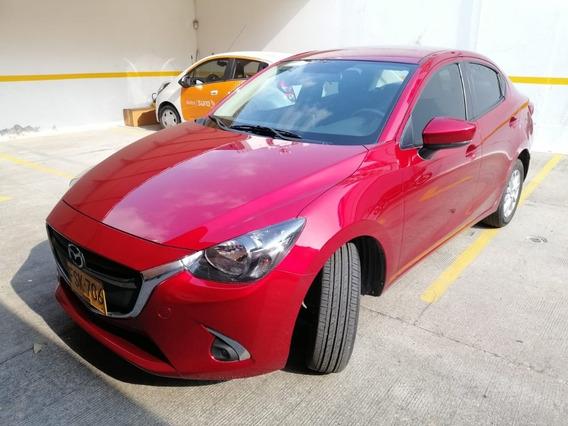 Mazda 2 Touring Sedan Modelo 2019
