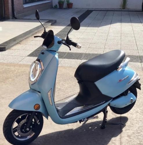 Moto Electrica-sunra Grace-bat Litio Gde+2 Cascos De Regalo