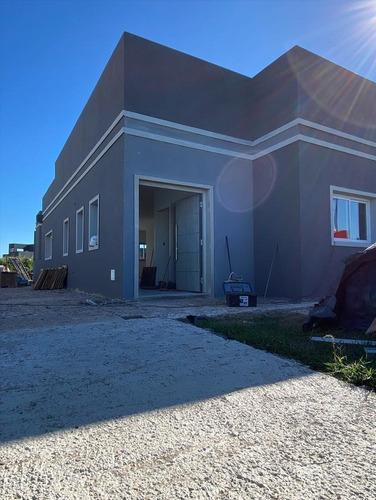 Imagen 1 de 5 de Casa En Venta A Estrenar - Club De Campo San Lucas - Oportunidad!!!!!