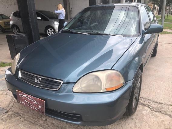 Honda Civic Mod98 $175.000 Permuto / Posible Financiación.