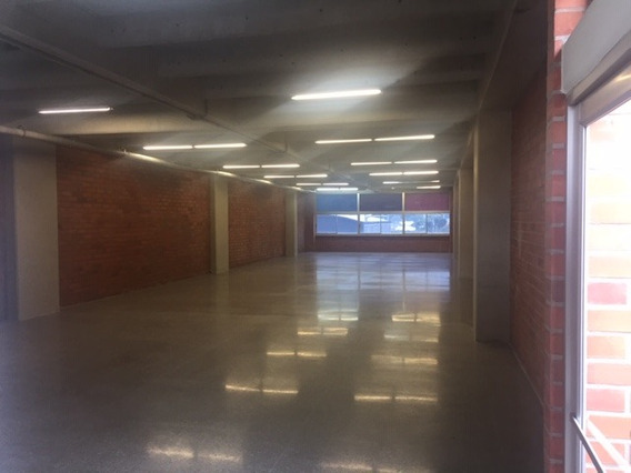 Oficinas En Arriendo Guayabal 622-10875