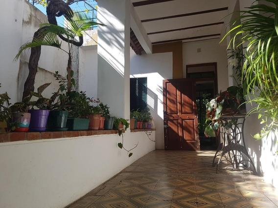 Casa En Alberdi En Venta Rosario