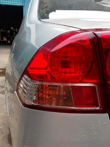 Imagem 1 de 2 de Lanterna Honda Civic 2001