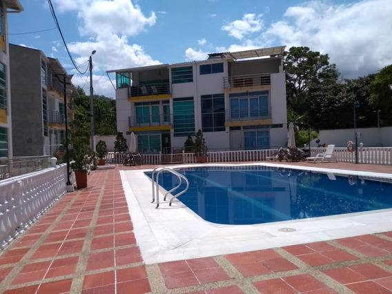 Vendo O Permuto Casa Conjuto Cerrado La Vega