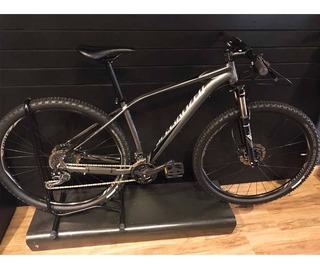 Bicicleta Specialized Rockhopper Expert Tamanho 17 Usada