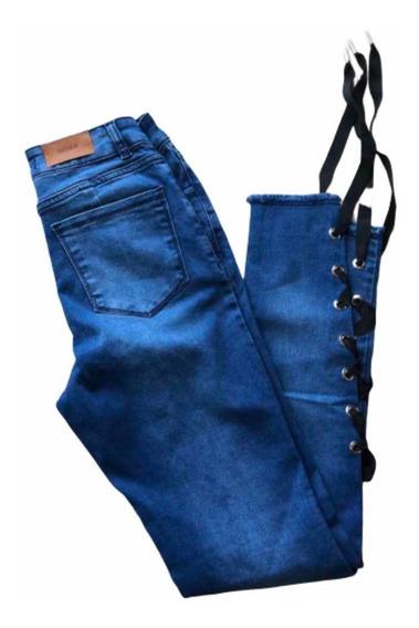 Jeans Con Cintas Abajo