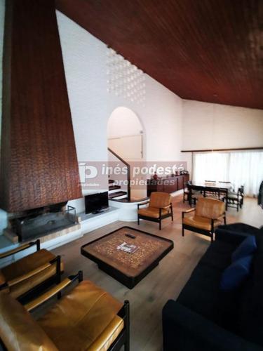 Casa En Punta Del Este, Mansa- Ref: 4331