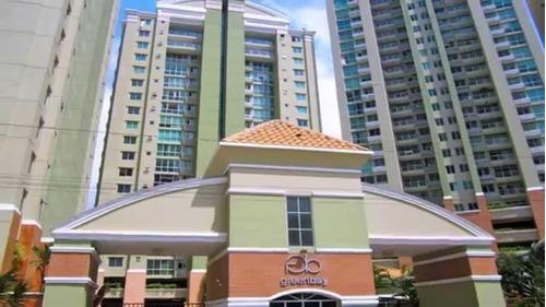 Venta De Apartamento En Green Bay, Costa Del Este 18-3009