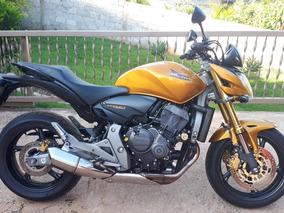 Moto Hornet De Garegem Para Pessoas Exigentes, Sem Detalhes