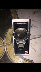 Relógio Quiksilver Beluka Inox, Fundo Prata, Tres Ponteiros
