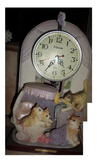Reloj Usado Equus Quartz Mide 30x19x7.5cm De Adorno Decorar