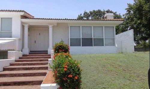 Casa Residencial En Venta Laguna De Miralta, Altamira