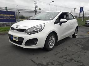 Kia Motors Rio Rio 5 Ex 1.4 2015