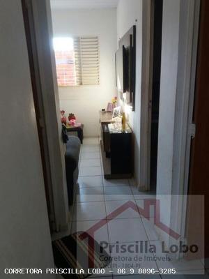 Casa Para Venda Em Teresina, Parque Sul, 2 Dormitórios, 1 Banheiro, 2 Vagas - 0158