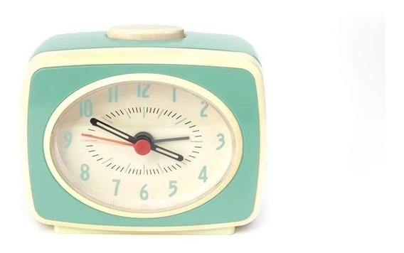 Reloj Clásico Con Alarma Menta