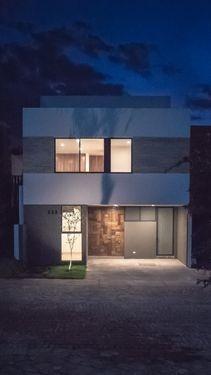 Casa En Venta En Solares