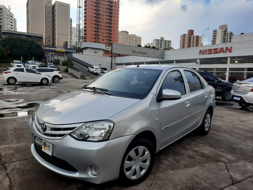 Toyota Etios Sedan X 1.5 16v(flex) 2015/2015