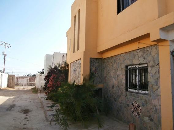 04126887776 # 20-4774 Casa En Venta Coro Urbanizacion La Paz