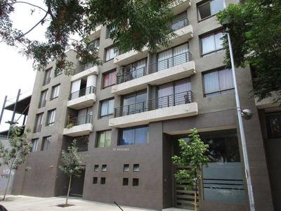 Depto. 2 Dormitorios Estacionamiento Metro Parque Ohiggins 46 Mt2, Terraza