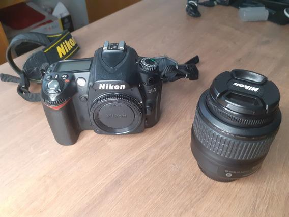 Nikon D90 + Lente 18-55mm + 2 Baterias
