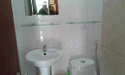 Habitación Amoblada Con Baño Incluído