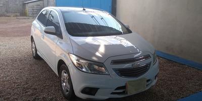 Chevrolet Onix 1.0 Lt Spe/4 (14/15)