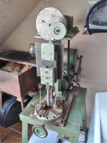 Imagem 1 de 7 de Vendo Maquinas De Usinagem