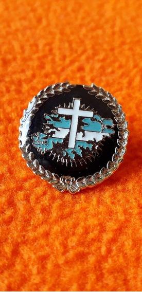 Prendedor Con La Cruz Del Cementerio De Las Islas Malvinas