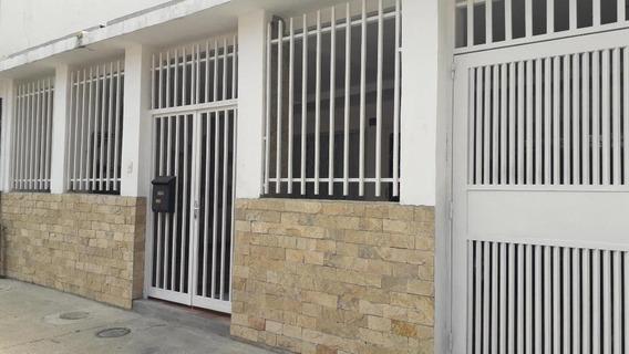 Casa En Venta Mls # 20-13790