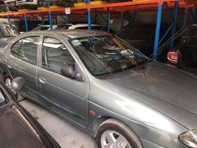 Renault Megane 1.6 16v 2000 Djx423