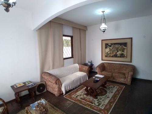 Casa Triplex Em Vila Restrita E Tranquila,  - 3195