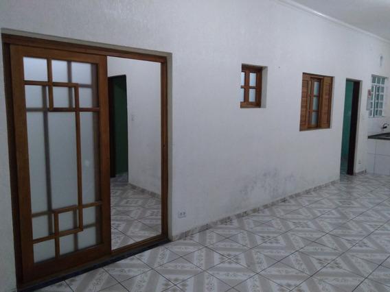 Casa De 2 Quartos Cozinha Sala Banheiro Interno E Lavanderia