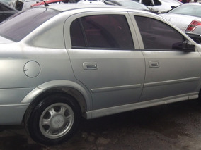 Sucata Chevrolet Astra Sedan 1.8 2001 Peças