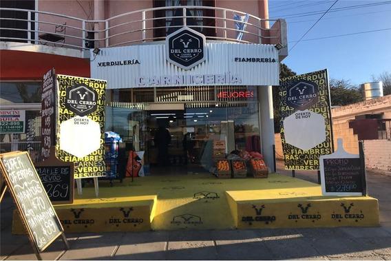 Se Vende Local En Barrio Santa Rita