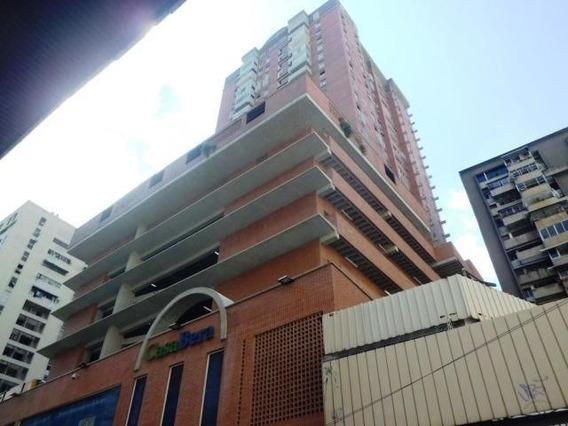 Apartamento En La Candelaria Mls: 20-11296