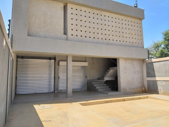 Local Comercial En Venta En Universidad, Cabimas