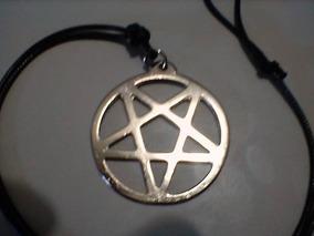 Colar Pentagrama Invertido Aço Folheado Níquel Cordão