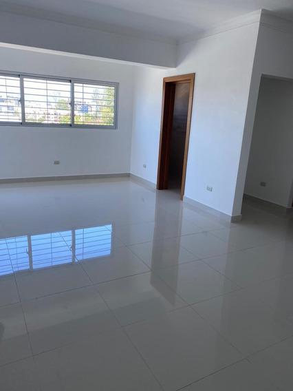 Apartamento En El Millón, Torre Nueva Ascensor, Gym Y Picus