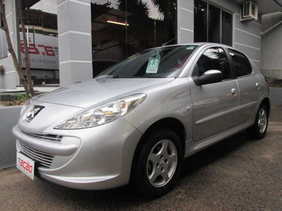 Peugeot - 207 Hatch Xr Hb 1.4 8v Flex 4p 2013