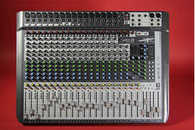 Soundcraft Signature 16, 22 & 22mtk Manual Em Portugues