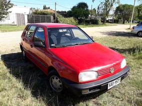 Dueño Vende Volkswagen Golf 1.8, Nafta, Rojo