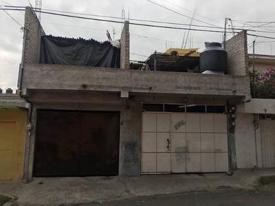 Terreno Con Construcción. (precio Negociable).