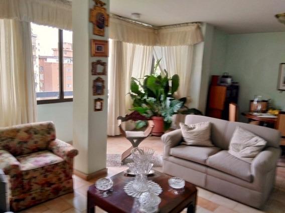 Apartamento En Venta La Trigaleña Valencia Ih 426019