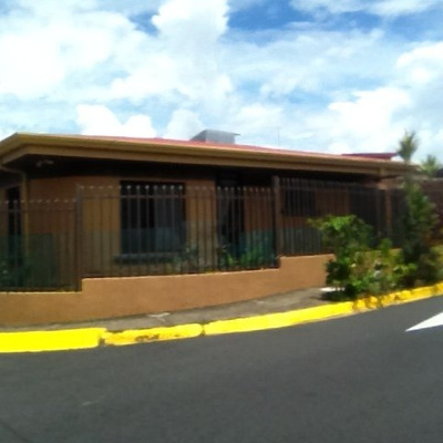 Casa En Montebello, Mercedes Norte, Heredia