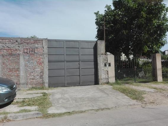 Amplio Lote En Muy Buen Barrio De Ezpeleta Este