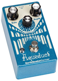 Pedal Earthquaker Devices Aqueduct Vibrato Usa - Oddity